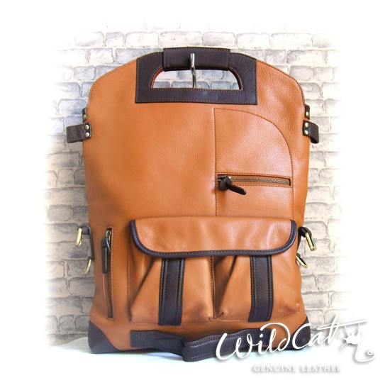 40032012 TRANSFORM LAPTOP BACKPACK