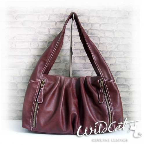 W TRIANGLE HOBO WITH FRONT ZIPPER