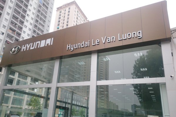 Hyundai showrooms system uses panels Alcorest