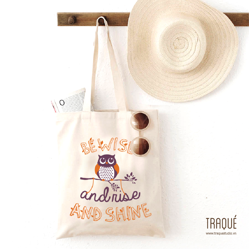 Wise owl totebag