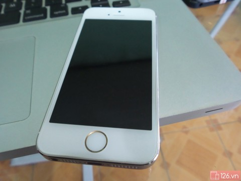 iPhone 5s 16Gb Gold 99% (Quốc tế)