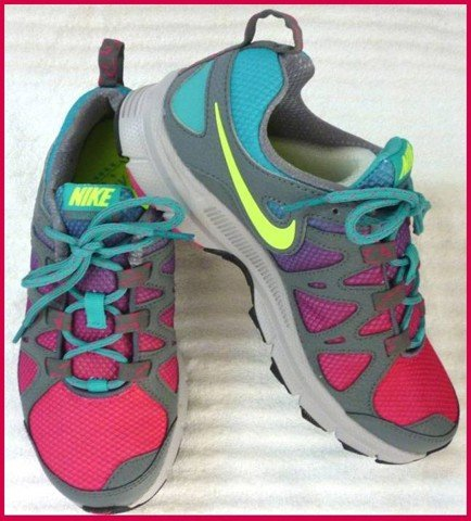 "GN 04 - GIẦY THỂ THAO NỮ "" NIKE-AIR "" size 6.5 US = 37,5 VN cực nhẹ"
