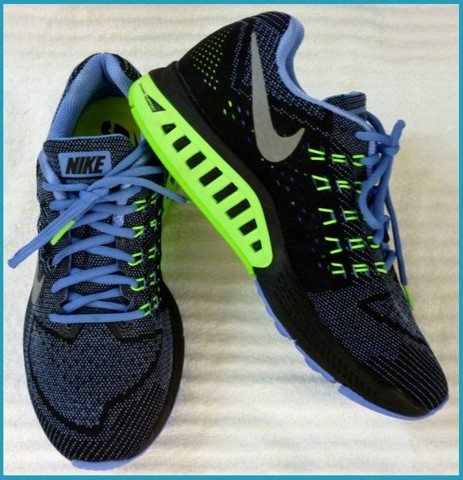 "GN 23 - GIẦY THỂ THAO NAM "" NIKE-running ""  size 9 US = 40,5 VN cực nhẹ"