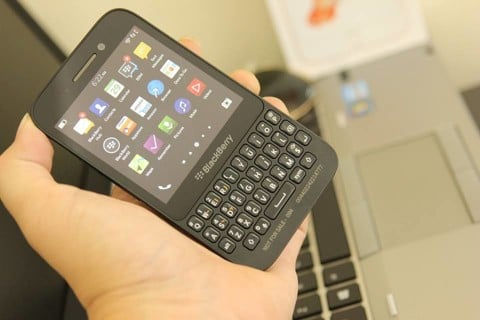 Blackberry Q5 black QT