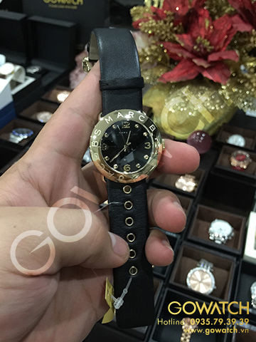 MARC BY MARC JACOBS Amy Black Dial Gold Ion-plated Bezel Ladies Watch