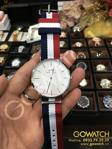 DANIEL WELLINGTON Classic Cambridge White Dial Nato Men's Watch