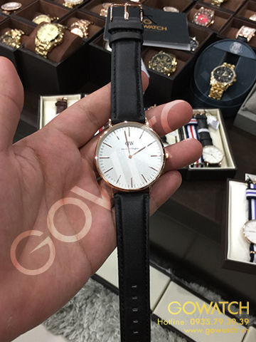 DANIEL WELLINGTON Classic Sheffield Eggshell White Dial Men's Watch