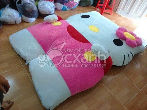 nem hello kitty cai hoa