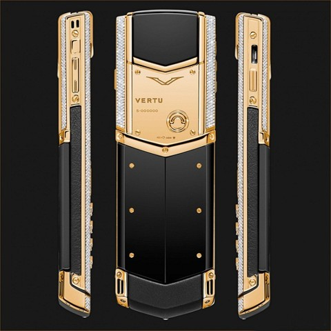 Vertu Signature S Yellow Gold Full Diamond bezel, Black Ceramic Back, Black Leather