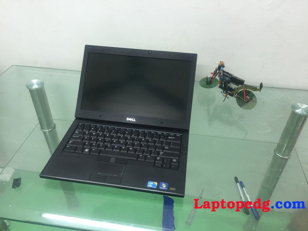 dell E4310 ( core i5-560 , 4G , 250G , LED 13.3 )
