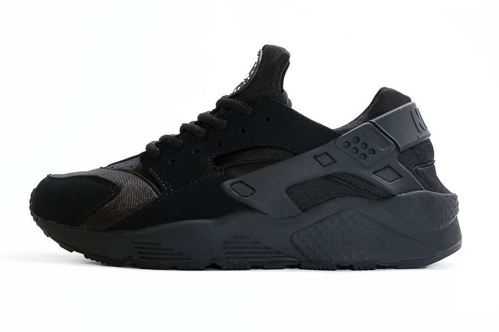 NIKE AIR HUARACHE - ALL BLACK