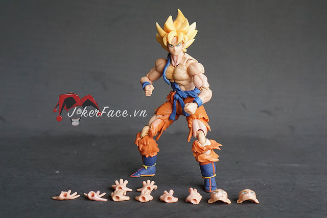 Action Figure Goku Super Saiyan 3 - Dragon Ball