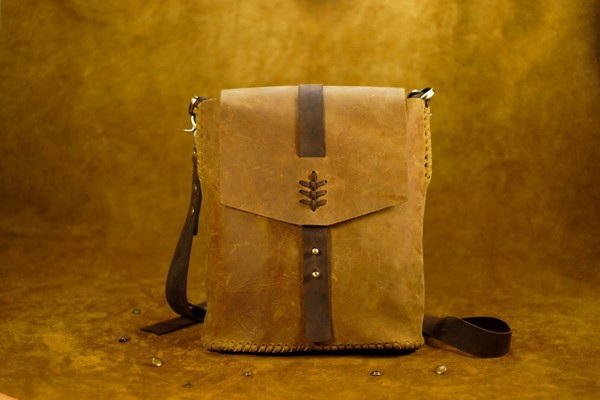 Cặp da nam Ipad Bwild bags Yellow Wood/Brown h1