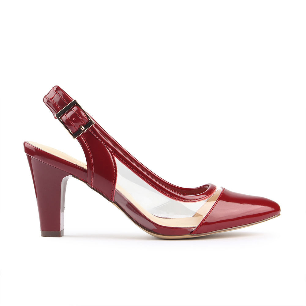 Giày cao gót nữ cá tính với kiểu dáng mới lạ.