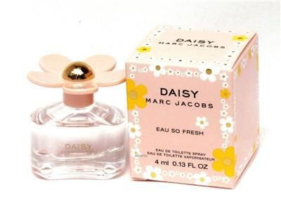 Nước hoa mini Marc Jacobs Daisy Eau So Fresh
