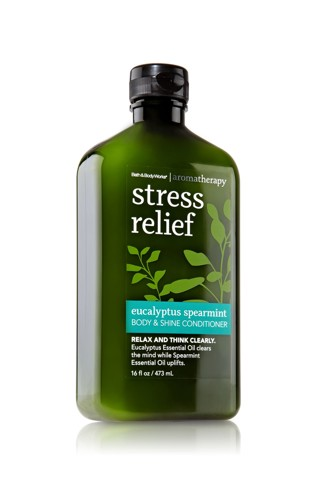 Dầu xả Bath And Body Works Stress Relief Eucalyptus Spearmint 473ml