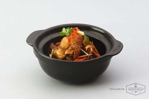 Braised duck  with ginger