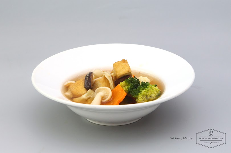 Mushroom and vegetables soup