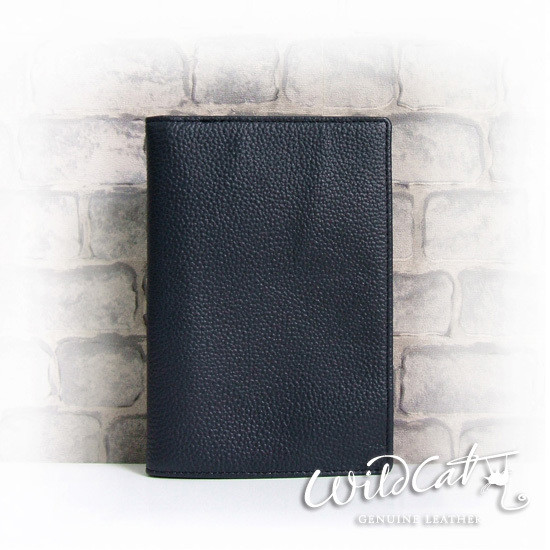 W COW LEATHER PASSPORT HOLDER