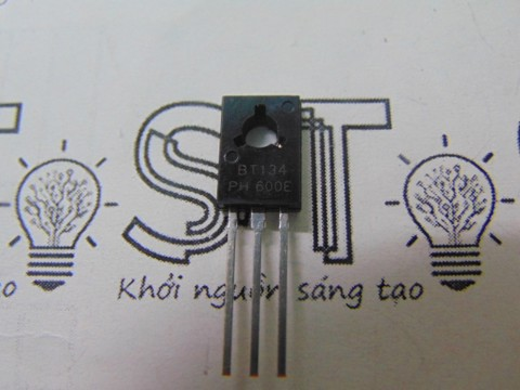 Triac cắm BT134 BT134-600E TO-126 4A 600V