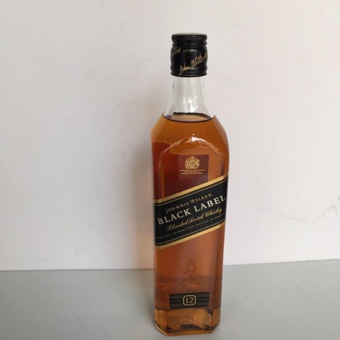 Rượu Black Label