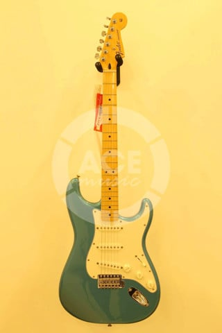 FENDER 0144602502 STANDARD STRATOCASTER LAKE PLACID BLUE
