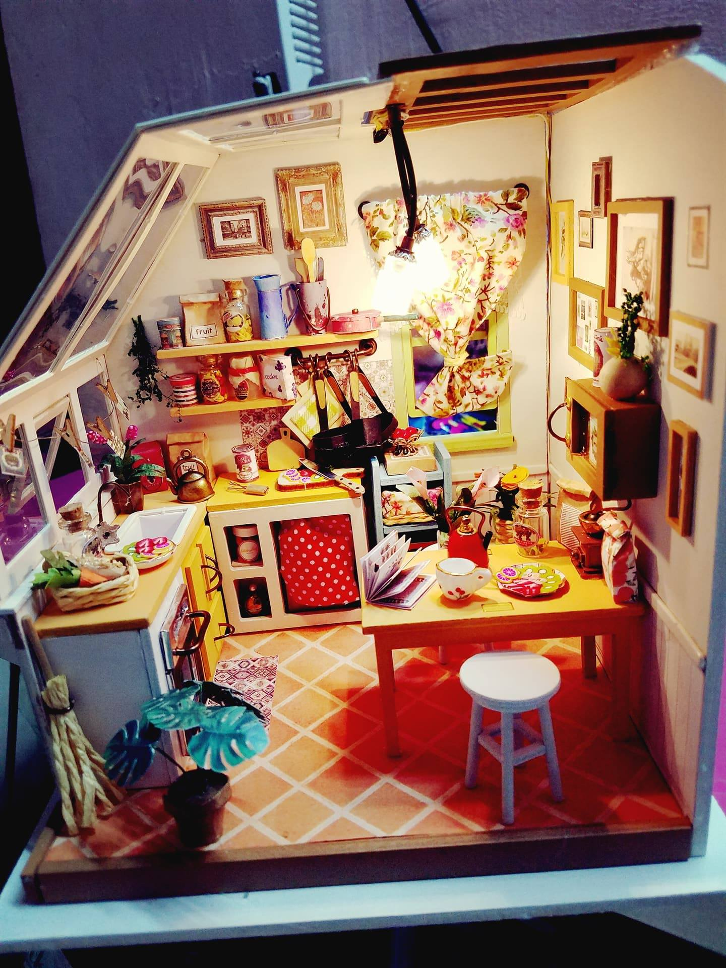 Mô hình đồ chơi nhà gỗ
