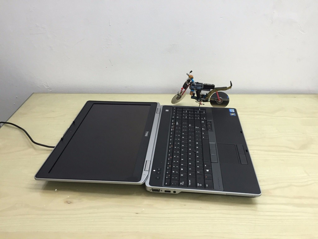 Dell E6530 ( i5-3320, Ram 4G, Ổ 320G, 15.6LED HD )
