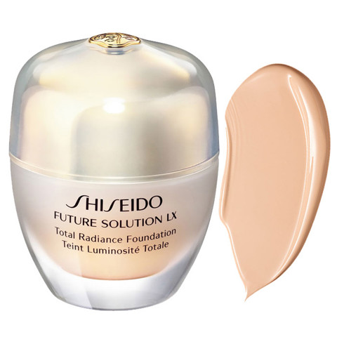 phan nen dang kem shiseido future solution lx total radiance foundation o40